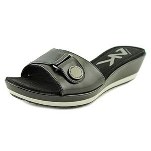 Sport Itemize Women Open Toe Synthetic Slides